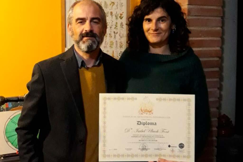 primera alumna titulada experto aromaterapia integrada