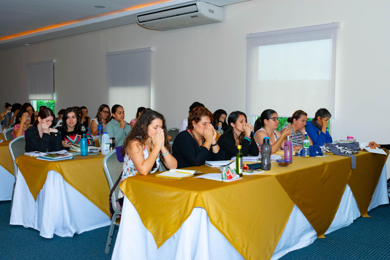 Cursos psicoaromaterapia Costa Rica Instituto ESB