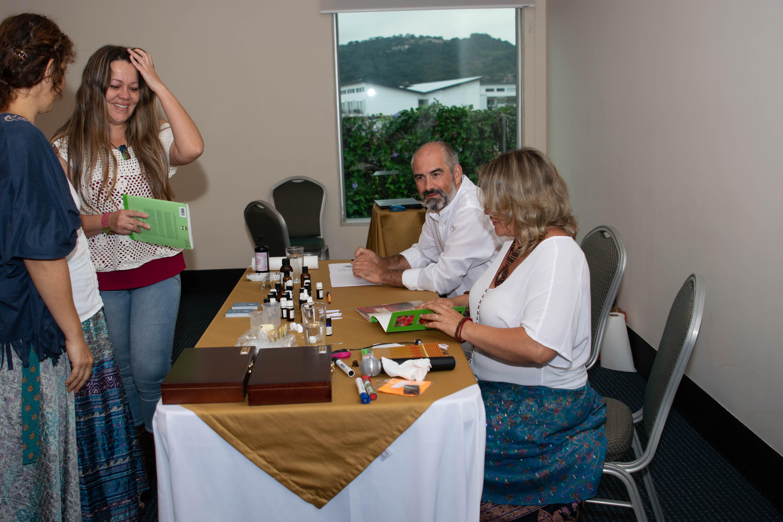 Instituto ESB formación presencial cursos aromaterapia Costa Rica 2