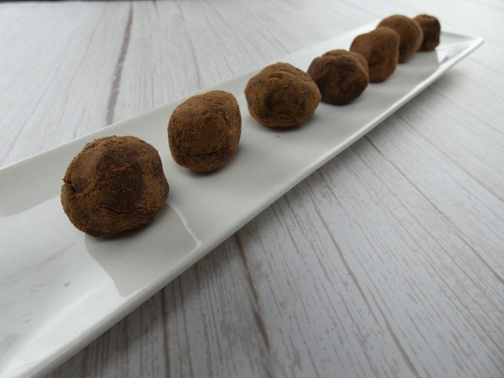 trufa de chocolate con aceite esencial de ylang ylang